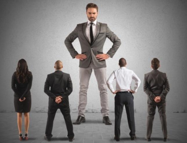 Ein Narzissten in einer Führungsposition