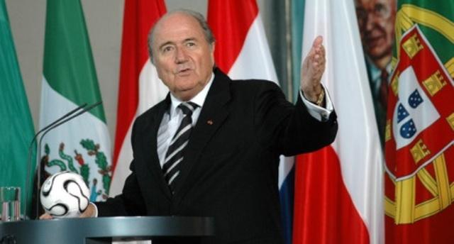 Joseph Blatter hält eine Ansprache