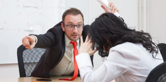 Konflikte am Arbeitsplatz mit einem Narzissten