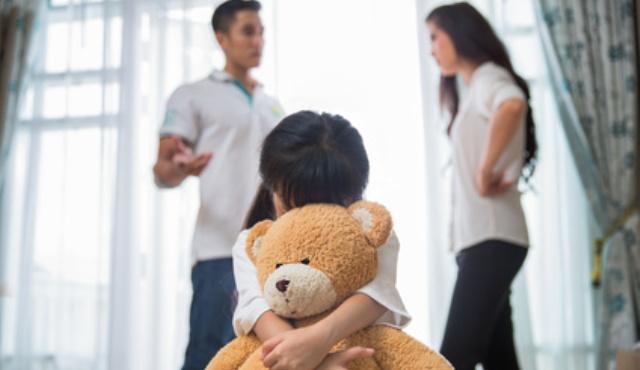 Kinder mit einem Narzissten - wann hört der Kampf endlich auf?