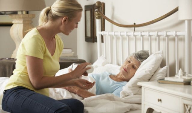 Die narzisstische Mutter im Alter pflegen