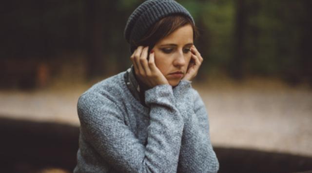 Eine Frau ist deprimiert
