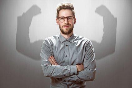 Narzissmus: Überheblichkeit des Narzissten