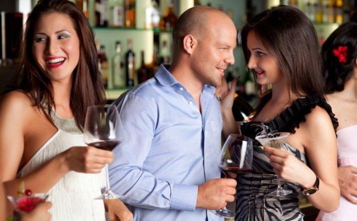 Offene Beziehung: Ein Narzisst braucht die Auswahl